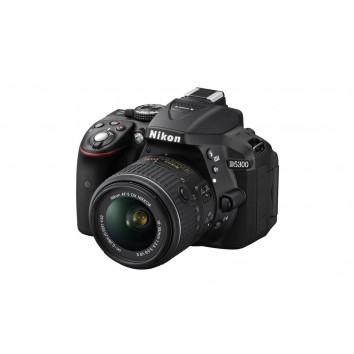 Camera Nikon D5300 WITH 18-55 STM LENS